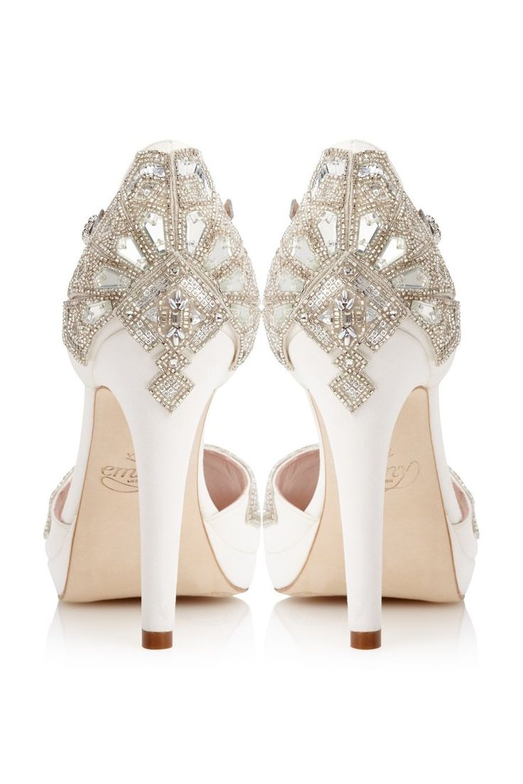 In LOVE with these bridal shoes from Emmy London