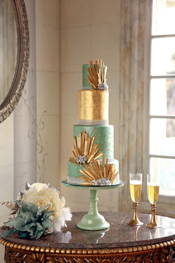 gold and teal wedding cake // photo by Pepper Nix // cake by Cake-A-Licious