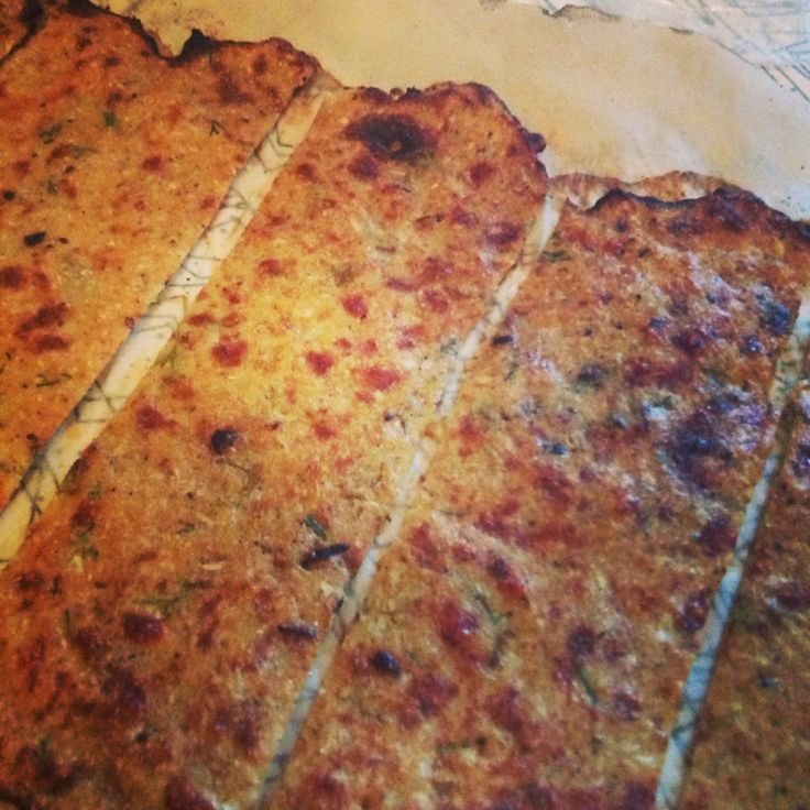 Low Carb Flat Bread - This delicious flat bread is tasty, easy and the consistency of a pita bread!