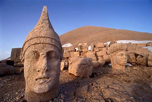Archaeologists to Restore 2,000-year-old Statues in Anatolia - CAIS Archaeological & Cultural Daily News of Iran©