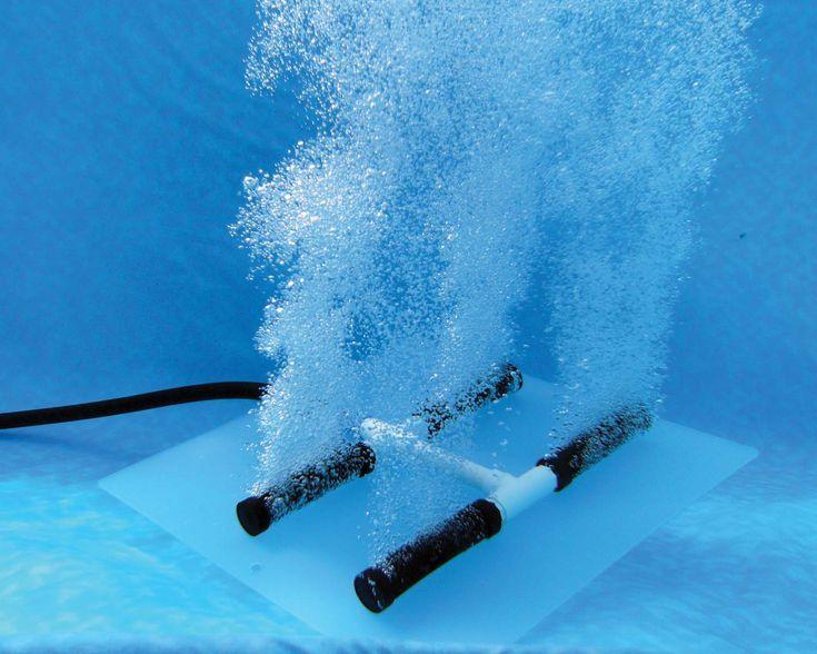 Luchtpomp voor extra beluchting in aquariumwater. De luchtpomp kan voor meerdere doelen ingezet worden. De pomp zelf kan behoorlijk wat lawaai maken. Bij een compacte pomp kan je het geluid dempen. De beluchtingspomp kan ook leuk voor decoratie doeleinde ingezet worden. Met een luchtslangetje en lucht aangedreven bodemstofzuiger kan je de bodem van het aquarium schoon stofzuigen. Voor warme zomerse dagen kan de beluchtingspomp ingezet worden om het water meer te laten afkoelen.