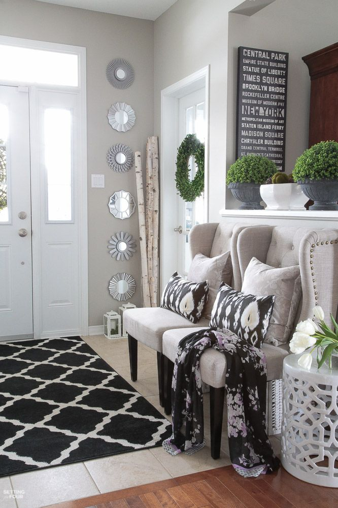 Spring Home Tour! See this beautiful foyer decorated for spring. Get the look and see the shopping sources and design ideas.