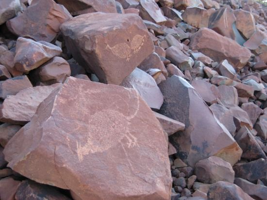 rock art at dampier/burrup peninsula
