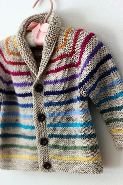 free pattern @ Ravelry w/ modifications