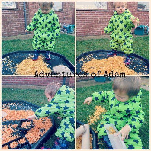 Cornflake Sensory Tuff Spot – Day 56 Toddler Play Challenge