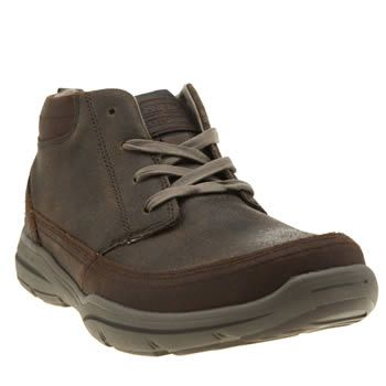 Skechers Brown Harper Bilney Mens Boots Skechers have your off-duty styling sorted, with their Harper Bilney. Crafted of brown leather