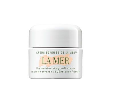 This luxurious cream delivers the same radiance and renewal that made the original Crème de la Mer a legend in a supple new texture. Infused with the nutrient-rich Miracle Broth™, the heart of La Mer's profound powers of transformation, it penetrates deeply to replenish moisture and strengthen skin. Renewed and energized, skin looks youthfully radiant.