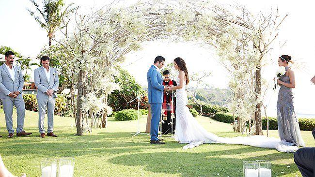 Jodi Gordon wedding http://resources0.news.com.au/images/2012/10/22/1226500/978672-jodi-gordon-and-braith-anasta.jpg