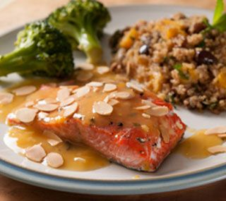 Baked Salmon Fillets with Orange Sauce and Almonds