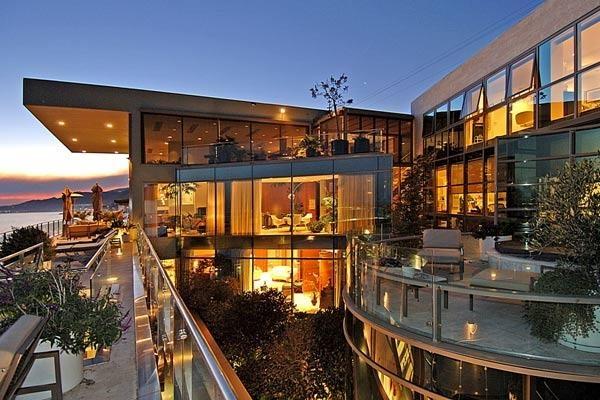 Carpinteria Ca Cali Beach House Deck And Window Views Gorgeous Beach