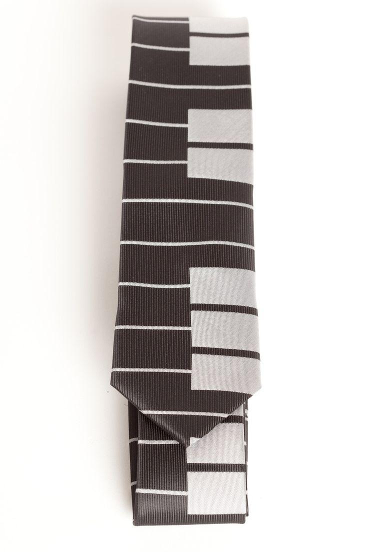 Reverse Piano Key (Skinny Tie)