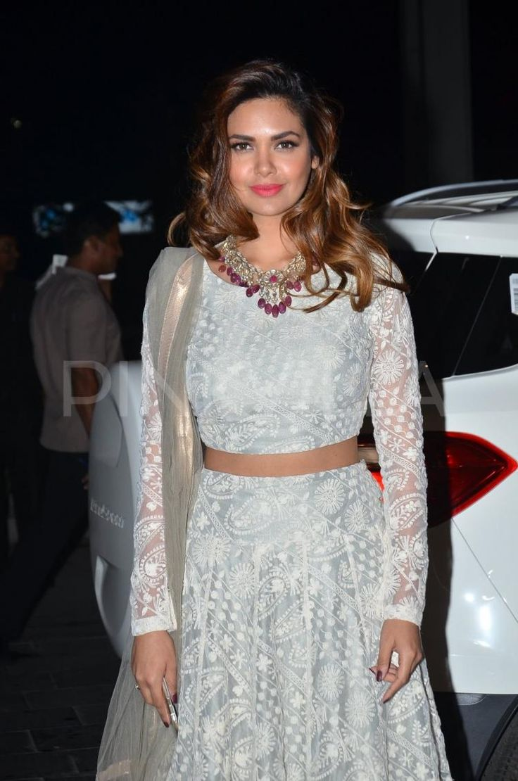 Esha Gupta and Jacqueline Fernandez at a wedding reception | PINKVILLA