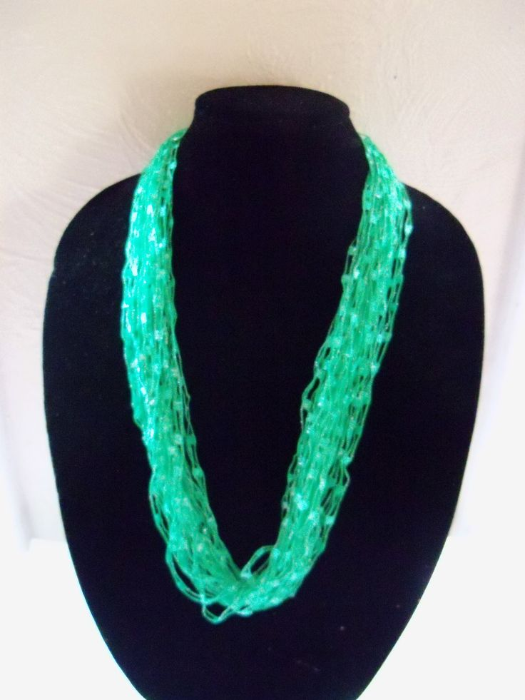 how to make  a Easy Trellis ladder yarn necklace /  DIY Easy Ladder Yarn...