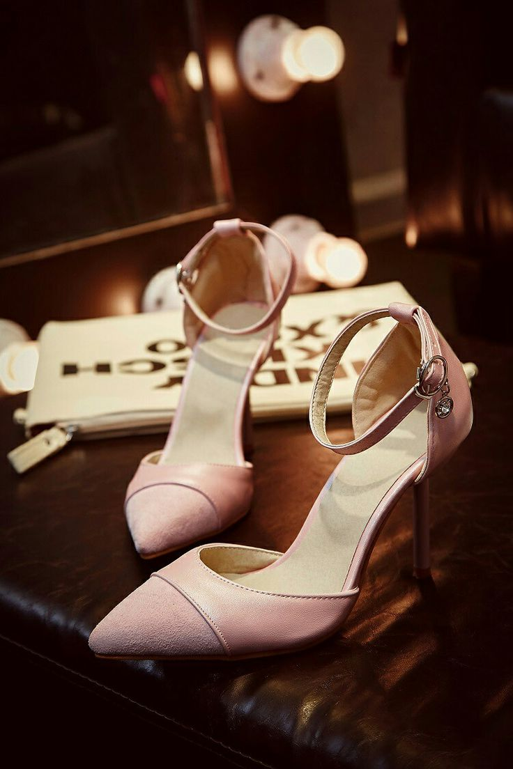 $17.5 Pink Double Colors! #pointedheels #highheels #onlineshop #oli_oddie