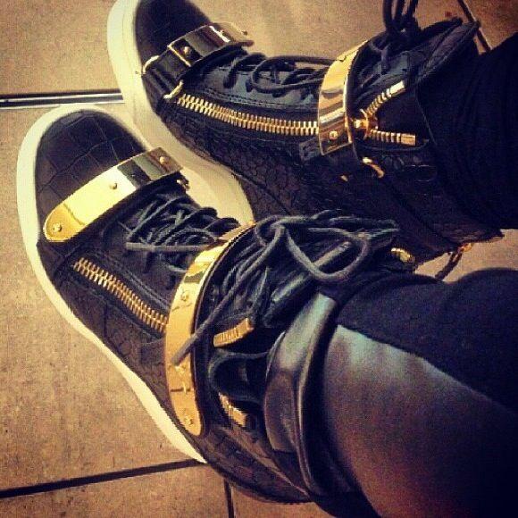 giuseppe zanotti style sneakers with heels