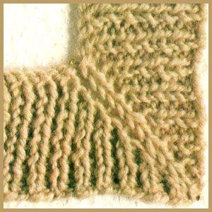 Rechtwinklige Ecken mit schräger Mittelnaht können an vielen Stellen des Kleidungsstücks angebracht werden, beispielsweise an Taschenblenden oder Halsausschnitten.