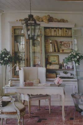 French Country Cottage...one of my favorites.