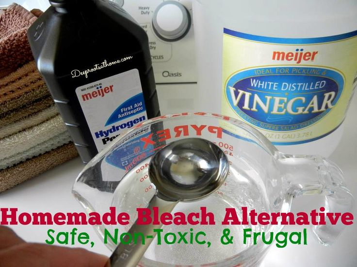 Homemade Bleach Alternative ~Non-Toxic and Frugal, white vinegar, hydrogen peroxide, DIY, homemade, save money, healthy living, sustainable,...
