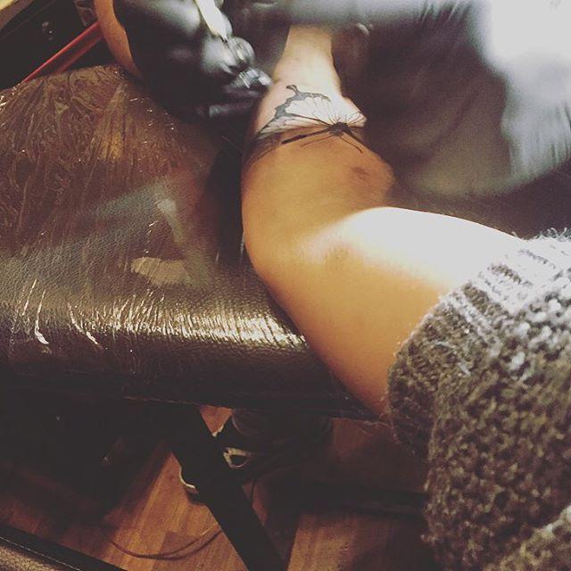 #inlove #tattoo #addicted #mybodymyrules #butterfly #tattedup #inkedgirl #levy's #studio  My body - my rules ☝🏽️🐚