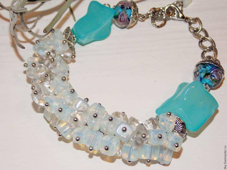 Купить Браслет - ЛЕД - лунный камень и горный хрусталь - голубой, браслет, Браслет ручной работы