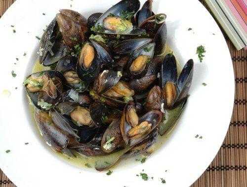 Musslor i vitt vin Moules marinièrs