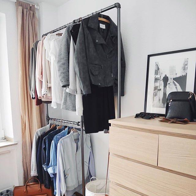 Thanks for showing us your #rackbuddy @sabrizzo  #rackbuddywildbillelliot #industriel #design #clothesrack #waterpipe #indretning #soveværelse #interiør #inspiration #wardrobe #garderobe #stylish #instagood #freeshipping #dusseldorf #germany #sharing #homestyle #tøjstativ #klesstativ #interiordesign #myrackbuddy
