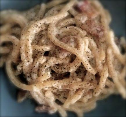 "Bucatini alla gricia - Bucatini with ""pecorino"" cheese and bacon"