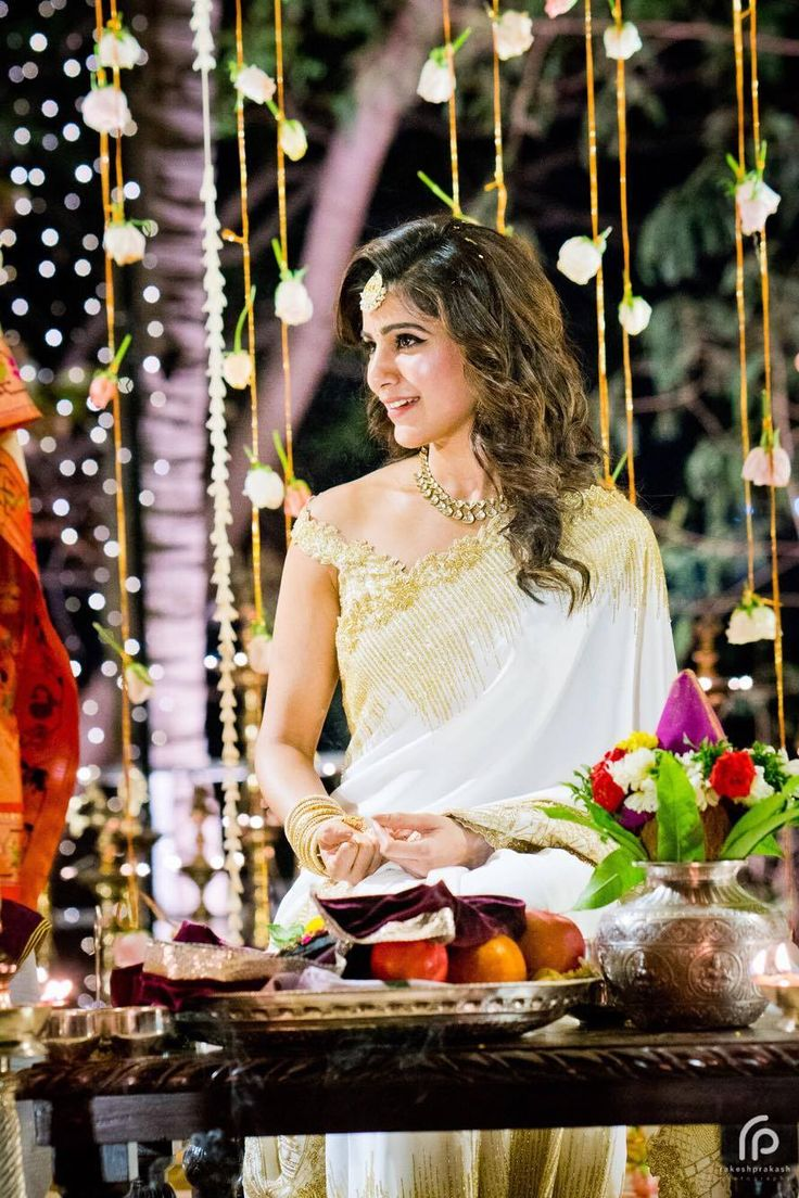 Shopzters   The Engagement Saree Etched With Samantha and Chaitanya's Love Story With Exclusive - Never Seen Before Pics!!!
