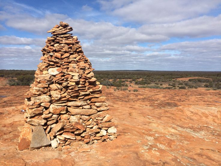 Site 21 - Ularring Soak awesome lookout and memorial to Ernest Giles the Explorer.