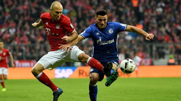 Bayern Munich - FC Schalke 04 Sean Kolasinac qui intercepte la balle face a Robben #SKolasinac #Defenseur #6 #Bundesliga #Adidas #9ine @Schalke