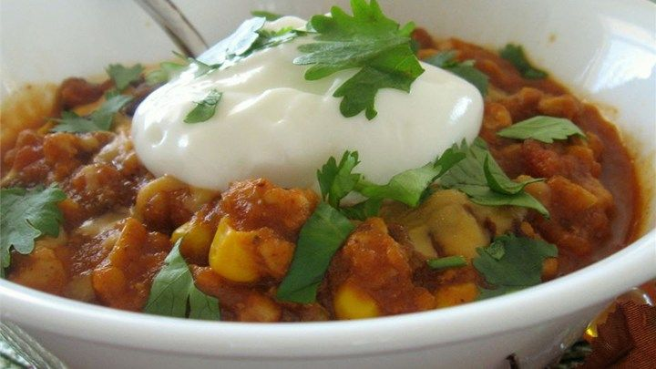A chili for autumn! Turkey, pumpkin, and traditional chili ingredients go together well in this spicy concoction.