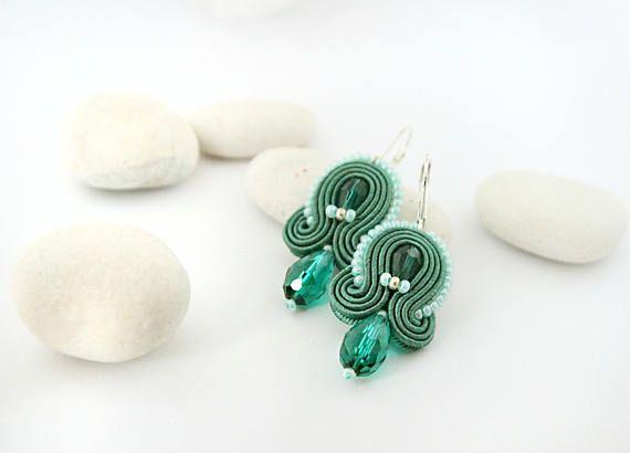 Emerald green earrings soutache earrings small drop green