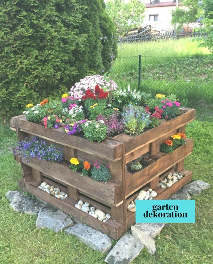 Paletten Hochbeet Mit Blumenpflanzung Einfach Garten Blumenpflanzung Einfac Diy Raised Garden Raised Garden Beds Diy Diy Garden Projects