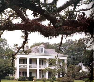 Gorgeous, the house from the Skeleton Key, The Felicity Plantation.