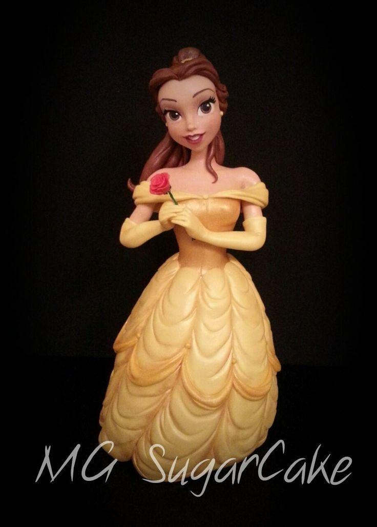 Amazing fondant Belle by one of the best italian cake designer MG sugar cake <3