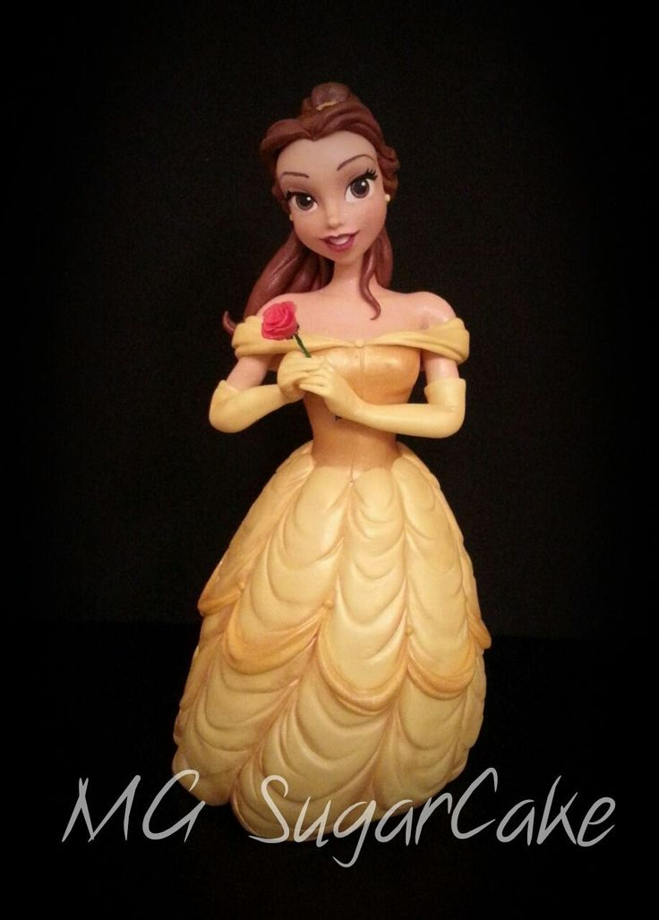 Amazing fondant Belle by one of the best italian cake designer MG sugar cake <3