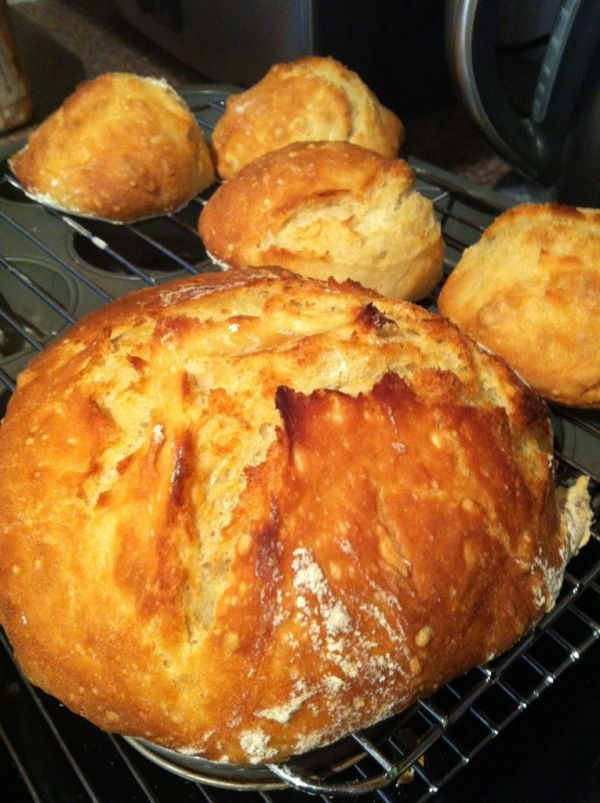 Matt Preston 'no-knead' bread recipe via Masterchef Australia Masterclass. Via Kylie Loves Cooking blog.