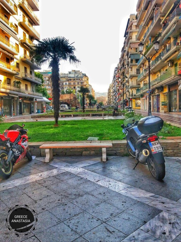 Kamara street_sidewalk.Thessaloniki Greece