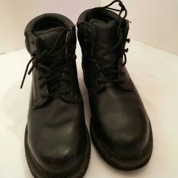 Boots (S-20) good work boot. Has some wear but still in great shape and has some good use. Kites for women. Size is 8 med Lites Shoes Lace Up Boots