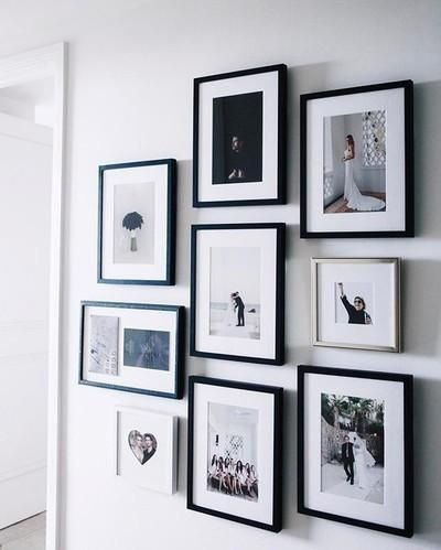 styling a chic, simple photo wall (& how to not get sourdough bread crumbs in ur frames ) is live on the blog. there's so many easy tips that make all the difference when arranging pictures like implementing filler pictures, the layout, & using a good leveler. also i'm a huge fan of using a lot of juxtaposition. . find out more on The Skinny Confidential w/ @framebridge link in bio . #theskinnyconfidential #framebridge