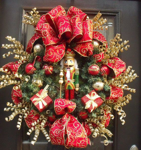 25 best ideas about nutcracker christmas on pinterest for Decoration noel porte