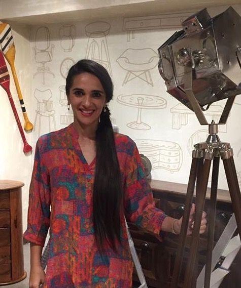 The gorgeous Tara Sharma Saluja in our Christina India 100% Silk Red Indian Short Silk Shirt. #stunning #musthave #redhot #summerstyle #madeinindia #christinaindia #gottagetmeone.