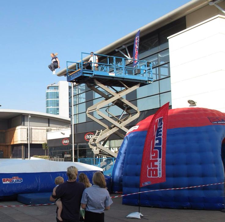 Bagjump UK @ dockside outlet mall