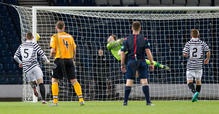 Queen's Park's keeper Wullie Muir fails to prevent a free kick from Annan's Peter Weatherrston hitting the net during the SPFL League Two game between Queen's Park and Annan Athletic.