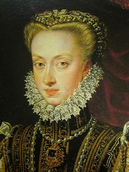 Detail of Ana de Austria by Alonso Sanchez Coello (1531, Benifairó de los Valles, España- : 8 de agosto de 1588, Madrid, España). Período Renacimiento Español.  A closer look at the brooch which could be the one once worn by Mary I, though further research is required to state such a claim as fact.