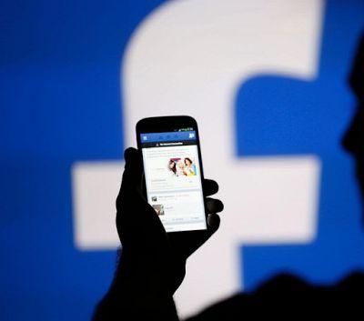 ΠΡΟΣΟΧΗ! Οι κίνδυνοι που κρύβει το Facebook για τις γυναίκες – Τι πρέπει να προσέχουν