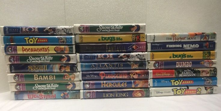 Walt Disney Lot Of 23 VHS Cassette Tapes Bambi, Lion King, Toy Story, Dumbo