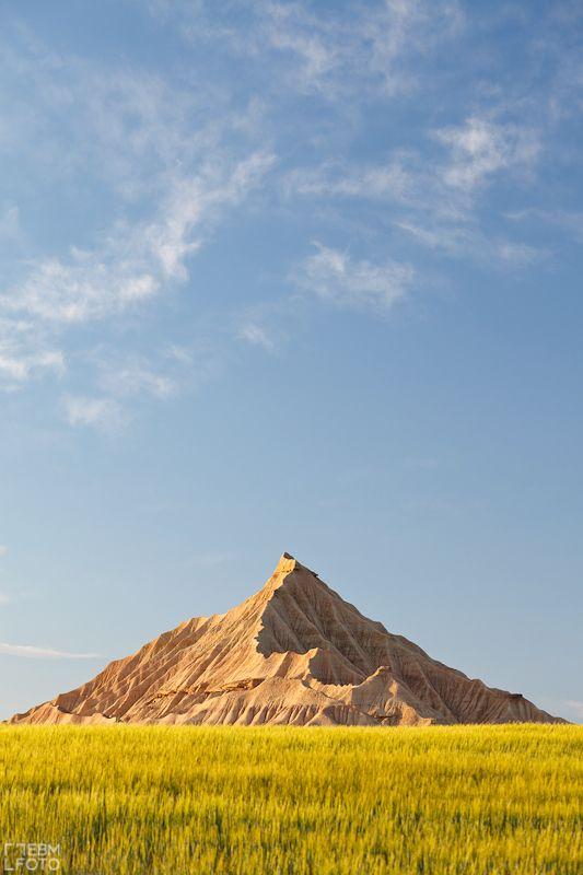 Pyramid in Bardenas Reales Navarra - by ebmfoto.com