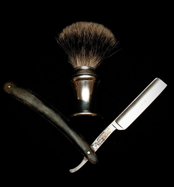 shaving brush & shaver. I love beard...but this thing is sexy...