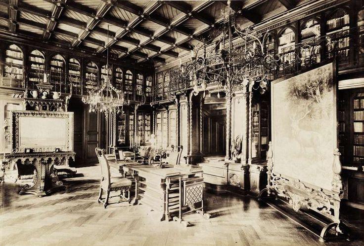 Nádasdy-kastély, könyvtár. A felvétel 1895-1899 között készült. A kép forrását kérjük így adja meg: Fortepan / Budapest Főváros Levéltára. Levéltári jelzet: HU.BFL.XV.19.d.1.13.038